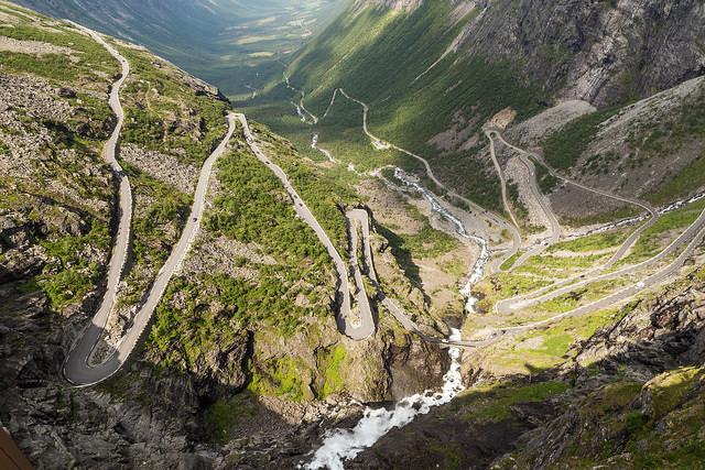 Trollstigen slingrande väg norge